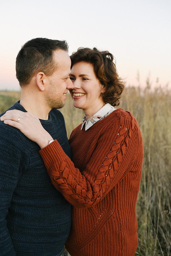 loveshoot, Mirjam Broekhof Fotografie, Culemborg, coupleshoot, liefde, golden hour, fotoshoot, fotografie